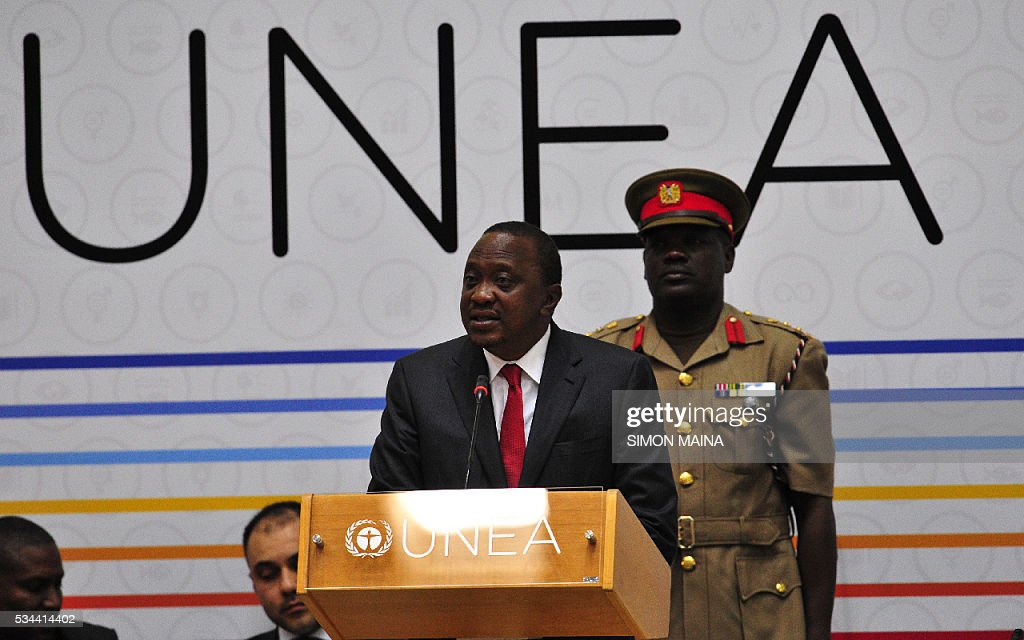 Kenya President Uhuru Kenyatta address the United Nation Environment Assembly (UNEA) in Nairobi on May 26, 2016. The Assembly which represents the worlds highest-level of decision-making body on the environment will culminate in resolutions and a global call to action to address the critical environmental challenges facing the world today. / AFP / SIMON