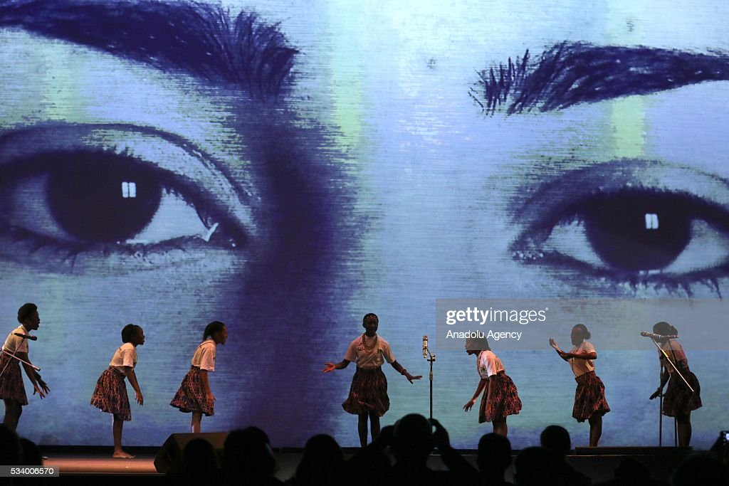 Kenyan children perform during the closing ceremony of World Humanitarian Summit at Istanbul Congress Center in Istanbul, Turkey on May 24, 2016.