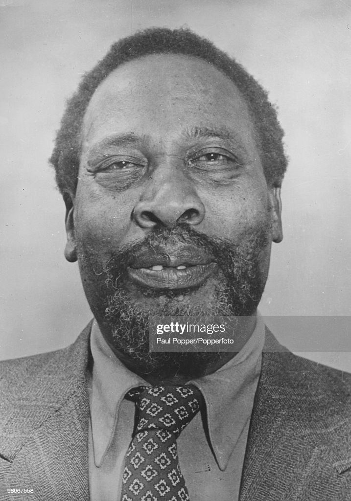 Kenyan independence leader <a gi-track='captionPersonalityLinkClicked' href=/galleries/search?phrase=Jomo+Kenyatta&family=editorial&specificpeople=211508 ng-click='$event.stopPropagation()'>Jomo Kenyatta</a> (1894 - 1978), circa 1960. He later became Prime Minister and then President of Kenya.