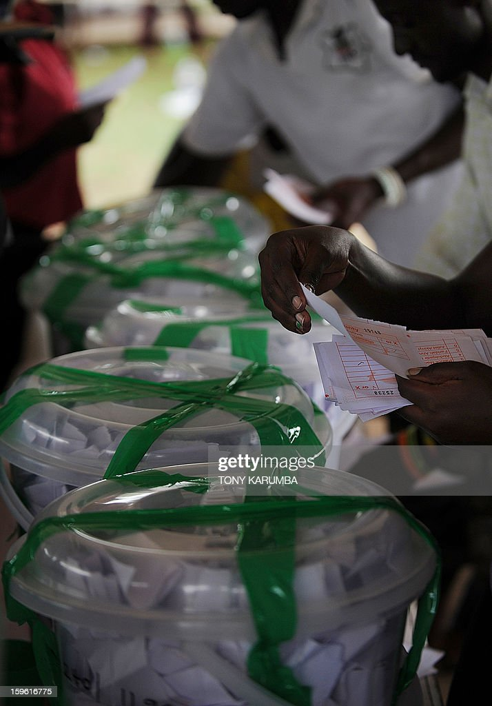 Kenyans cast their ballots as they vote in political party primary nominations on January 17, 2013, in the lakeside town of Kisumu, ahead of this year's general election to be held in March. The March 2013 elections are the first since the bloody 2007-08 polls that left at least 1,100 killed and 600,000 more displaced after what began as protests over the election results degenerated into vicious killings pitting supporters of Prime Minister Raila Odinga against those of the outgoing president Mwai Kibaki. AFP PHOTO / Tony KARUMBA