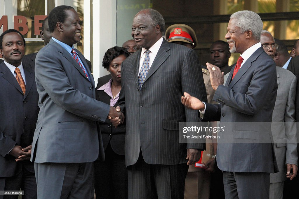 Kenya's opposition leader <a gi-track='captionPersonalityLinkClicked' href=/galleries/search?phrase=Raila+Odinga&family=editorial&specificpeople=2147626 ng-click='$event.stopPropagation()'>Raila Odinga</a> (L) shakes hands with Kenyan President <a gi-track='captionPersonalityLinkClicked' href=/galleries/search?phrase=Mwai+Kibaki&family=editorial&specificpeople=274745 ng-click='$event.stopPropagation()'>Mwai Kibaki</a> (C) as former U.N. Secretary-General <a gi-track='captionPersonalityLinkClicked' href=/galleries/search?phrase=Kofi+Annan&family=editorial&specificpeople=169832 ng-click='$event.stopPropagation()'>Kofi Annan</a> (R) stands beside, during a press conference outside the president's office on January 24, 2008 in Nairobi, Kenya. The meeting between the two rivals is the first since the disputed presidential election that led to bloodshed across the country.