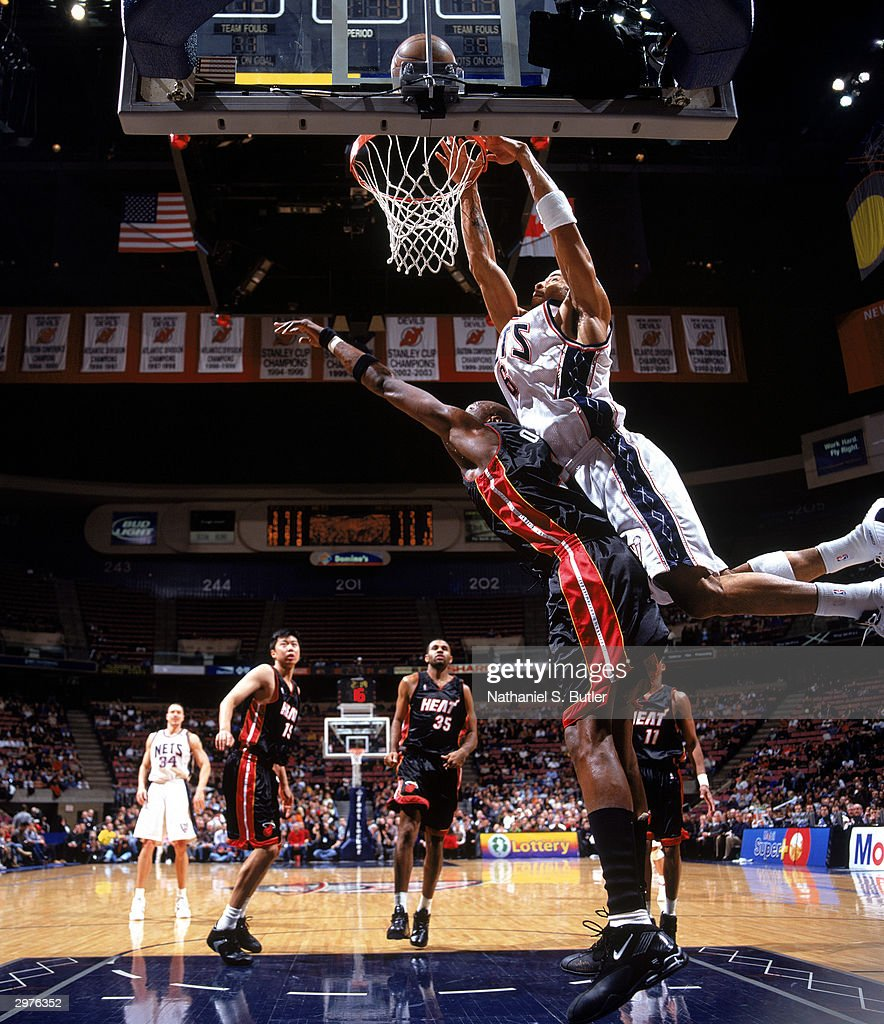 ... Kenyon Martin 6 of New Jersey Nets goes to the basket over Lamar Odom  ... da3118ca9