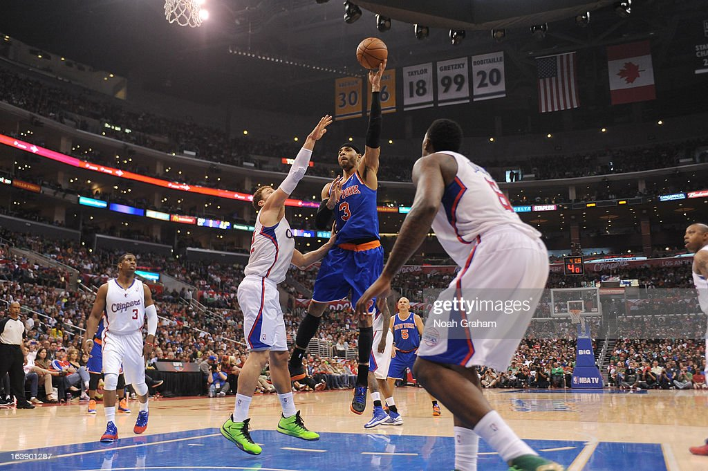 Kenyon Martin #3 of the New York Knicks shoots the ball during the game between the Los Angeles Clippers and the New York Knicks at Staples Center on March 17, 2013 in Los Angeles, California.