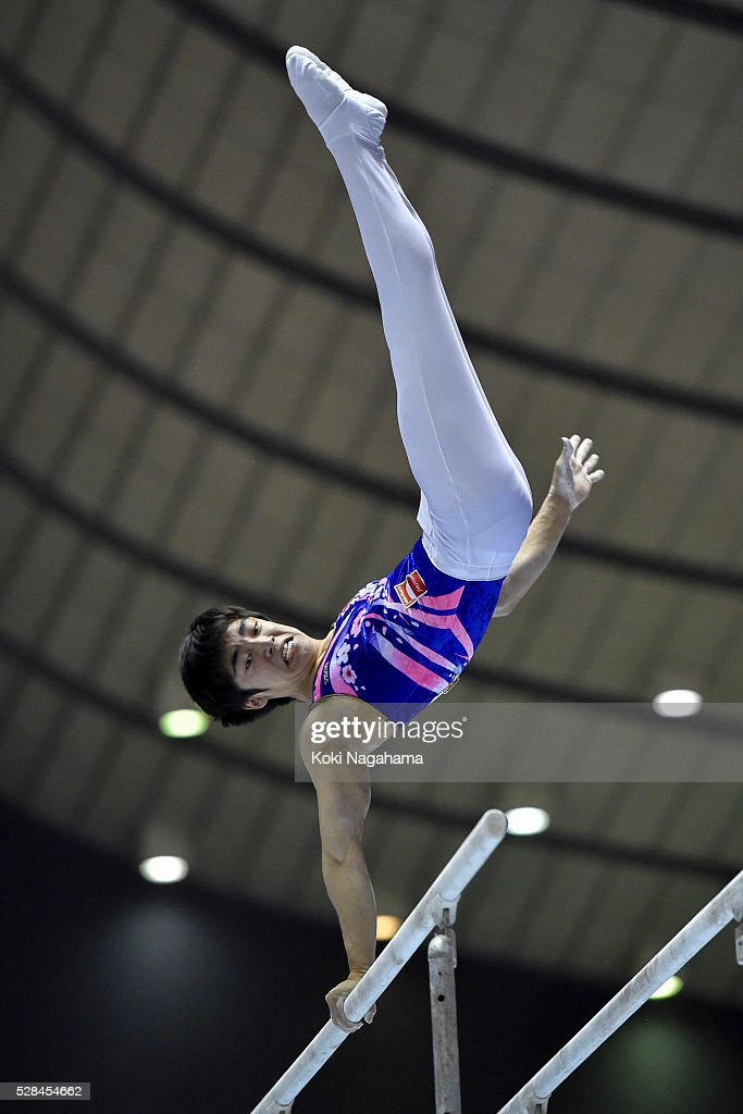 Kenzo Shirai competes in the Parallel Bars during the Artistic Gymnastics NHK Trophy at Yoyogi National Gymnasium on May 5, 2016 in Tokyo, Japan.