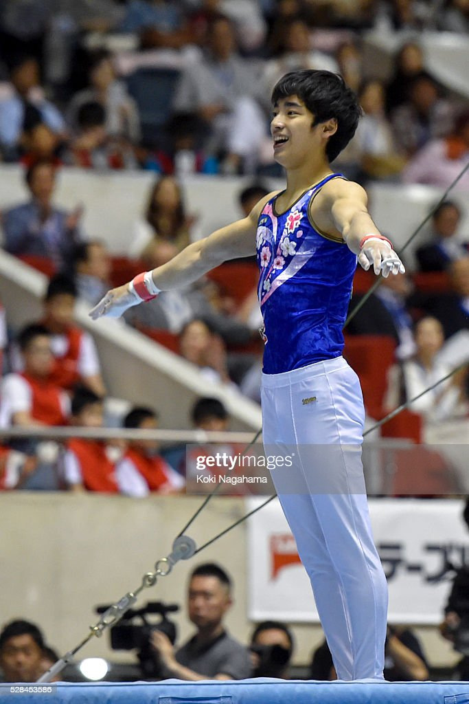 <a gi-track='captionPersonalityLinkClicked' href=/galleries/search?phrase=Kenzo+Shirai&family=editorial&specificpeople=11423900 ng-click='$event.stopPropagation()'>Kenzo Shirai</a> reacts in the Horizontal Bar during the Artistic Gymnastics NHK Trophy at Yoyogi National Gymnasium on May 5, 2016 in Tokyo, Japan.