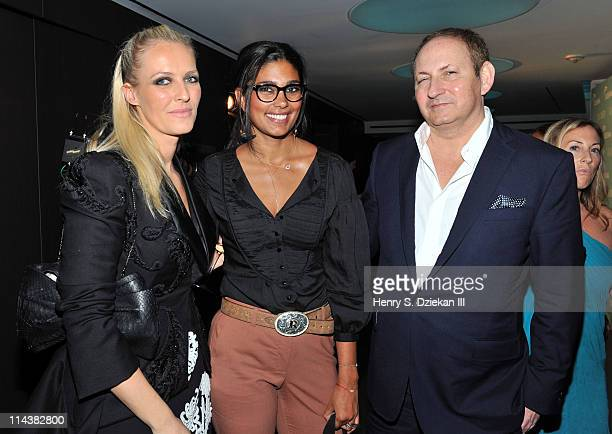Keren Craig Rachel Roy and John Dempsey attend World Ocean Day 2011 celebrated by La Mer and Oceana at Affirmation Arts on May 18 2011 in New York...