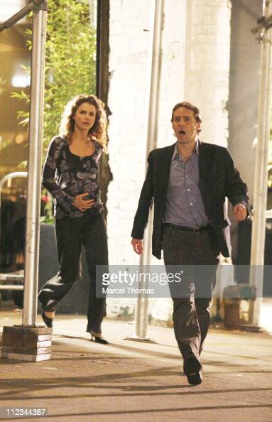 Keri Russell and Alessandro Nivola during Sigourney Weaver and Keri Russell on Location for 'Girl in the Park' in New York City November 27 2006 at...