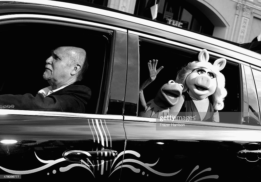 . Kermit and Miss Piggy Kermit and Miss Piggy arrive at the premiere Of Disney's 'Muppets Most Wanted' at the El Capitan Theatre on March 11, 2014 in Hollywood, California.
