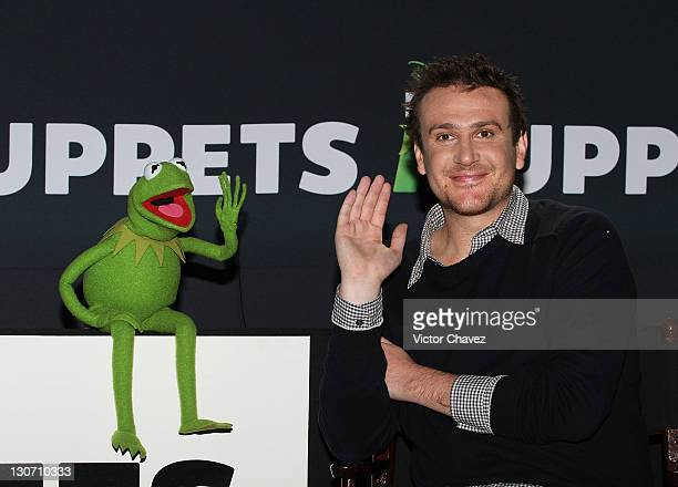 Kermit the Frog and actor Jason Segel attend a photocall to promote the new film 'The Muppets' at the Four Seasons Hotel on October 28 2011 in Mexico...