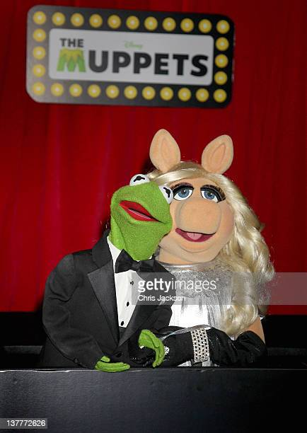 Kermit the Frog and Miss Piggy attend the UK Premiere of The Muppets at The Mayfair Hotel on January 26 2012 in London England The new Muppets film...