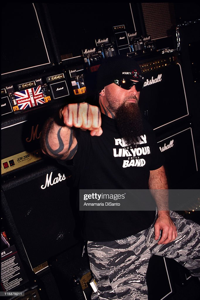 <a gi-track='captionPersonalityLinkClicked' href=/galleries/search?phrase=Kerry+King&family=editorial&specificpeople=236089 ng-click='$event.stopPropagation()'>Kerry King</a> of <a gi-track='captionPersonalityLinkClicked' href=/galleries/search?phrase=Slayer+-+Band&family=editorial&specificpeople=689789 ng-click='$event.stopPropagation()'>Slayer</a> at Marshall Amps at the NAMM show