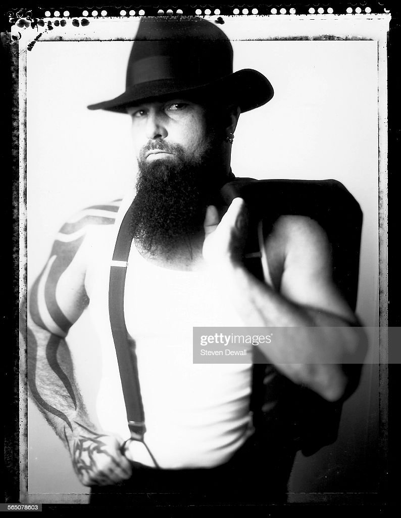 <a gi-track='captionPersonalityLinkClicked' href=/galleries/search?phrase=Kerry+King&family=editorial&specificpeople=236089 ng-click='$event.stopPropagation()'>Kerry King</a> of Slayer poses for a portrait in Los Angeles, California, United States, 9th June 2000.