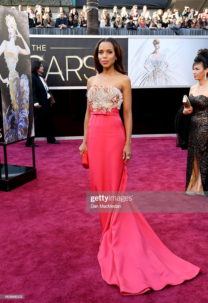Kerry Washington arrives at the 85th Annual Academy Awards at Hollywood & Highland Center on February 24, 2013 in Hollywood, California.