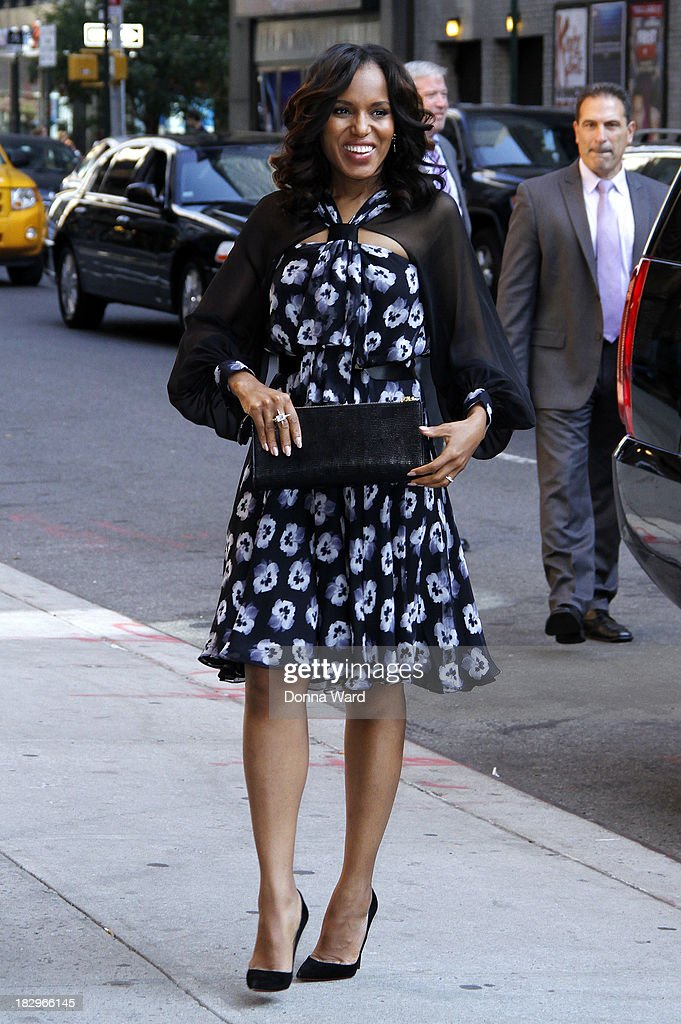 <a gi-track='captionPersonalityLinkClicked' href=/galleries/search?phrase=Kerry+Washington&family=editorial&specificpeople=201534 ng-click='$event.stopPropagation()'>Kerry Washington</a> arrives for the 'Late Show with David Letterman' at Ed Sullivan Theater on October 2, 2013 in New York City.