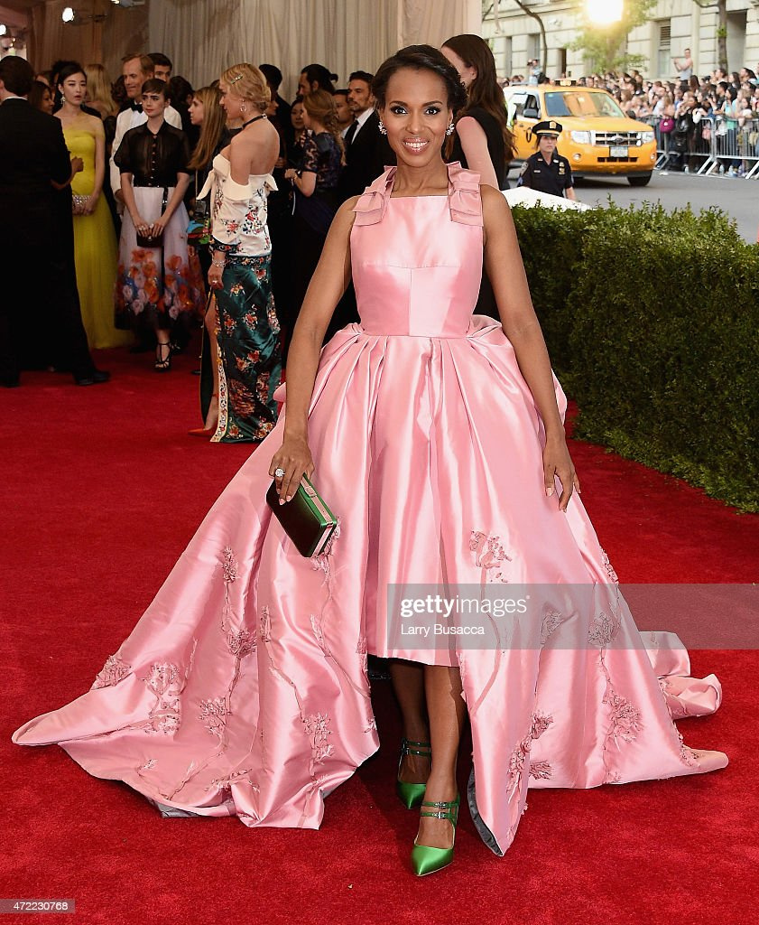 <a gi-track='captionPersonalityLinkClicked' href=/galleries/search?phrase=Kerry+Washington&family=editorial&specificpeople=201534 ng-click='$event.stopPropagation()'>Kerry Washington</a> attends the 'China: Through The Looking Glass' Costume Institute Benefit Gala at the Metropolitan Museum of Art on May 4, 2015 in New York City.