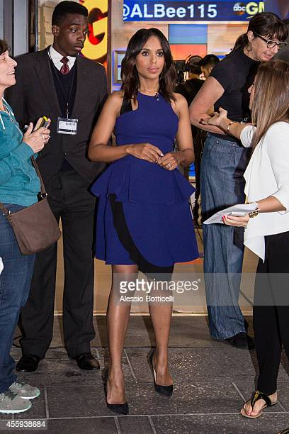 Kerry Washington is seen posing for selfies with fans at 'Good Morning America' on September 22 2014 in New York City