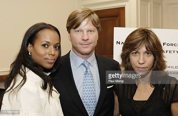 Kerry Washington Tom Blair President Safety4Kids and Robin Bronk Executive Director The Creative Coalition