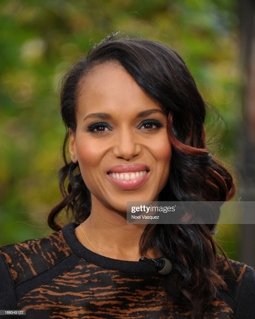 <a gi-track='captionPersonalityLinkClicked' href=/galleries/search?phrase=Kerry+Washington&family=editorial&specificpeople=201534 ng-click='$event.stopPropagation()'>Kerry Washington</a> visits 'Extra' at The Grove on May 8, 2013 in Los Angeles, California.