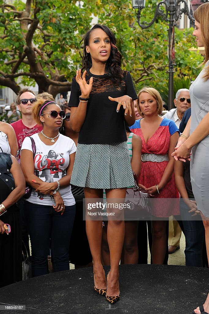 Kerry Washington visits 'Extra' at The Grove on May 8, 2013 in Los Angeles, California.