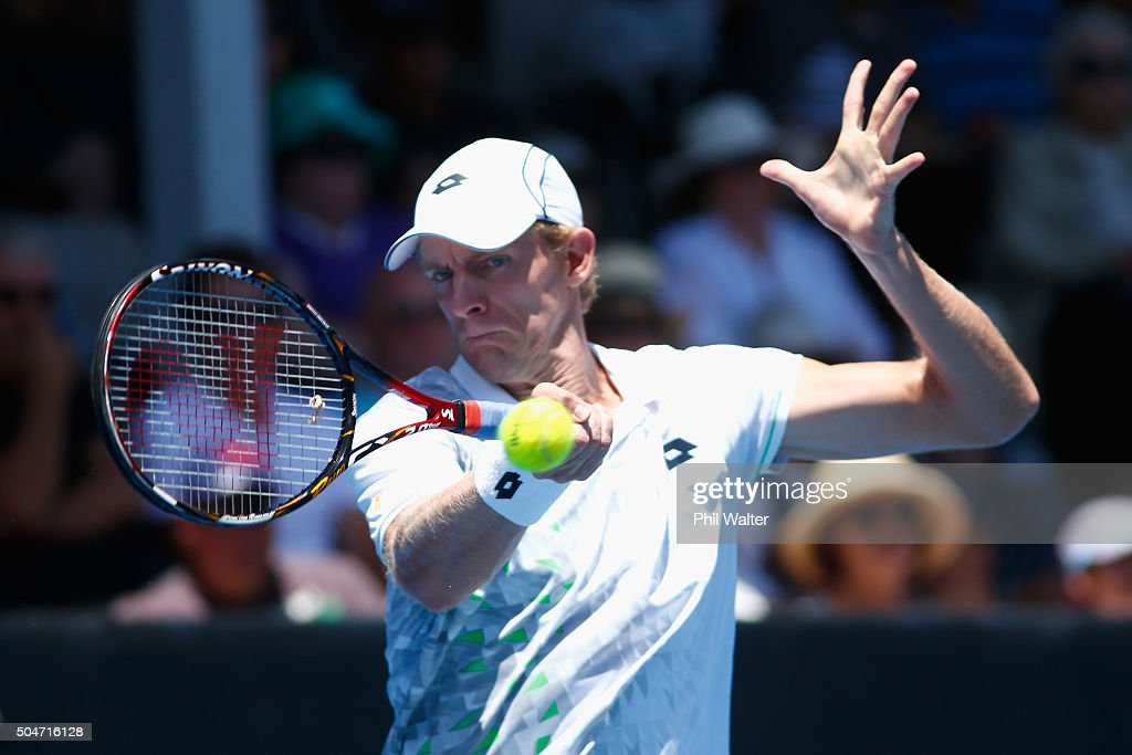 Kevin Anderson of South Afric plays a forehand against Robin Haase of the Netherlands on Day 3 of the ASB Classic on January 13, 2016 in Auckland, New Zealand.