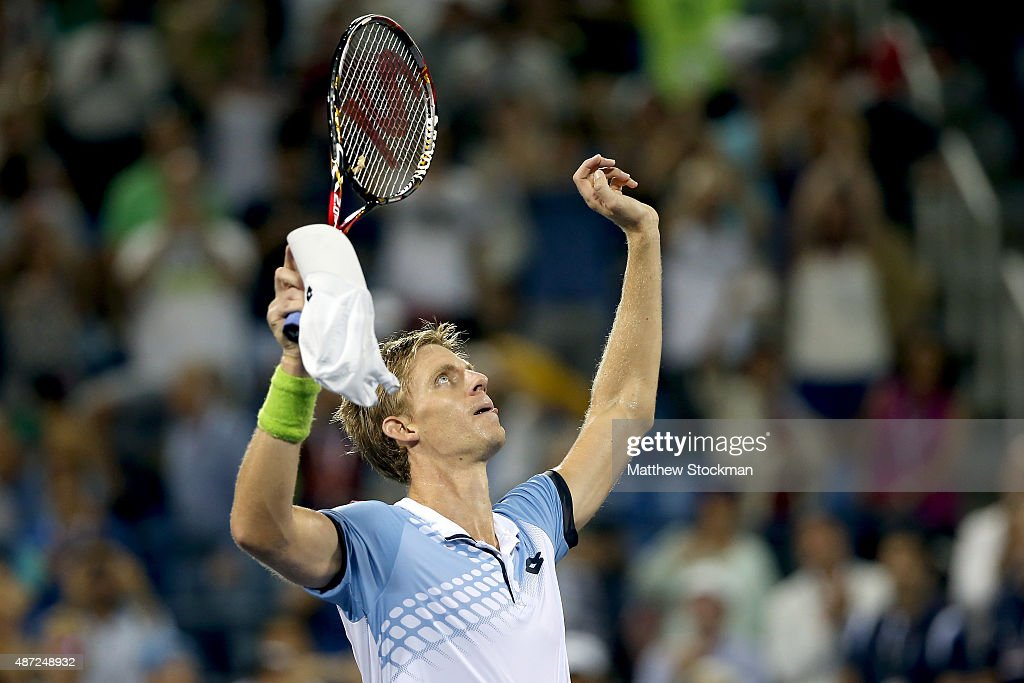 <a gi-track='captionPersonalityLinkClicked' href=/galleries/search?phrase=Kevin+Anderson+-+Tennis&family=editorial&specificpeople=5405822 ng-click='$event.stopPropagation()'>Kevin Anderson</a> of South Africa celebrates after defeating Andy Murray of Great Britain during their Men's Singles Fourth Round match on Day Eight of the 2015 US Open at the USTA Billie Jean King National Tennis Center on September 7, 2015 in the Flushing neighborhood of the Queens borough of New York City.