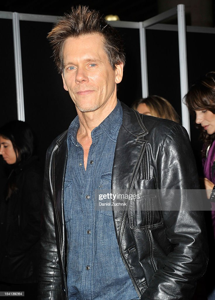 <a gi-track='captionPersonalityLinkClicked' href=/galleries/search?phrase=Kevin+Bacon&family=editorial&specificpeople=202000 ng-click='$event.stopPropagation()'>Kevin Bacon</a> attends the 2012 New York Comic Con at the Javits Center on October 14, 2012 in New York City.