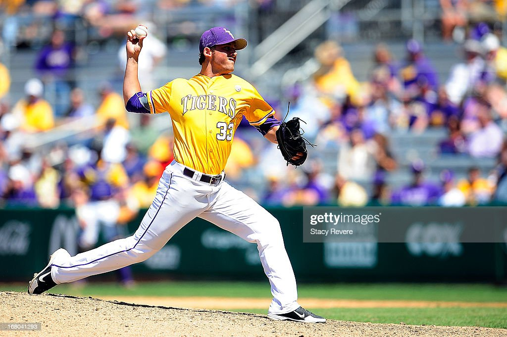 Kevin Berry #33 of the LSU Tigers throws a pitch against the Florida Gators during a game at Alex Box Stadium on May 4, 2013 in Baton Rouge, Louisiana.