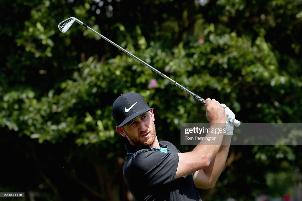 Kevin Chappell plays his shot from the tenth tee during the First Round of the DEAN & DELUCA Invitational at Colonial Country Club on May 26, 2016 in Fort Worth, Texas.