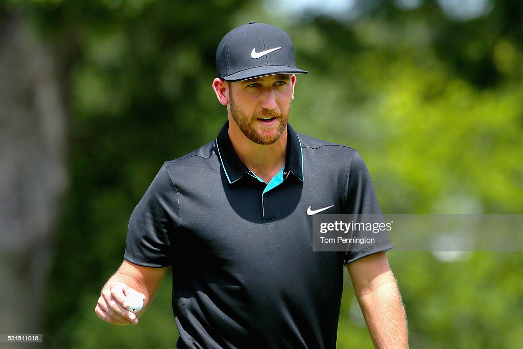 <a gi-track='captionPersonalityLinkClicked' href=/galleries/search?phrase=Kevin+Chappell&family=editorial&specificpeople=5744934 ng-click='$event.stopPropagation()'>Kevin Chappell</a> waves to the gallery after an eagle shot on the tenth hole during the First Round of the DEAN & DELUCA Invitational at Colonial Country Club on May 26, 2016 in Fort Worth, Texas.