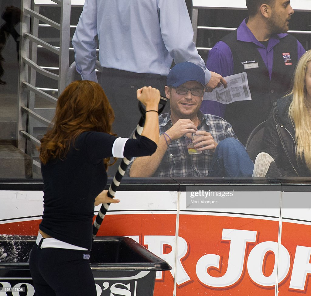 Kevin Connelly attends a hockey game between the Nashville Predators and Los Angeles Kings at Staples Center on March 4, 2013 in Los Angeles, California.