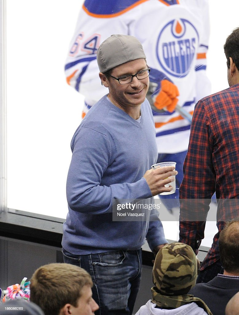 <a gi-track='captionPersonalityLinkClicked' href=/galleries/search?phrase=Kevin+Connolly&family=editorial&specificpeople=206759 ng-click='$event.stopPropagation()'>Kevin Connolly</a> attends a hockey game between the Edmonton Oilers and the Los Angeles Kings at Staples Center on October 27, 2013 in Los Angeles, California.