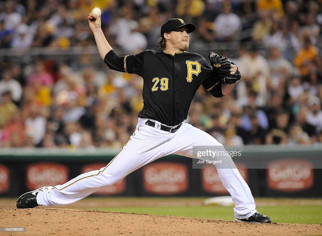 <a gi-track='captionPersonalityLinkClicked' href=/galleries/search?phrase=Kevin+Correia&family=editorial&specificpeople=534607 ng-click='$event.stopPropagation()'>Kevin Correia</a> #29 of the Pittsburgh Pirates delivers a pitch during the game against the Los Angeles Dodgers on August 14, 2012 at PNC Park in Pittsburgh, Pennsylvania. Los Angeles won the game 11-0.