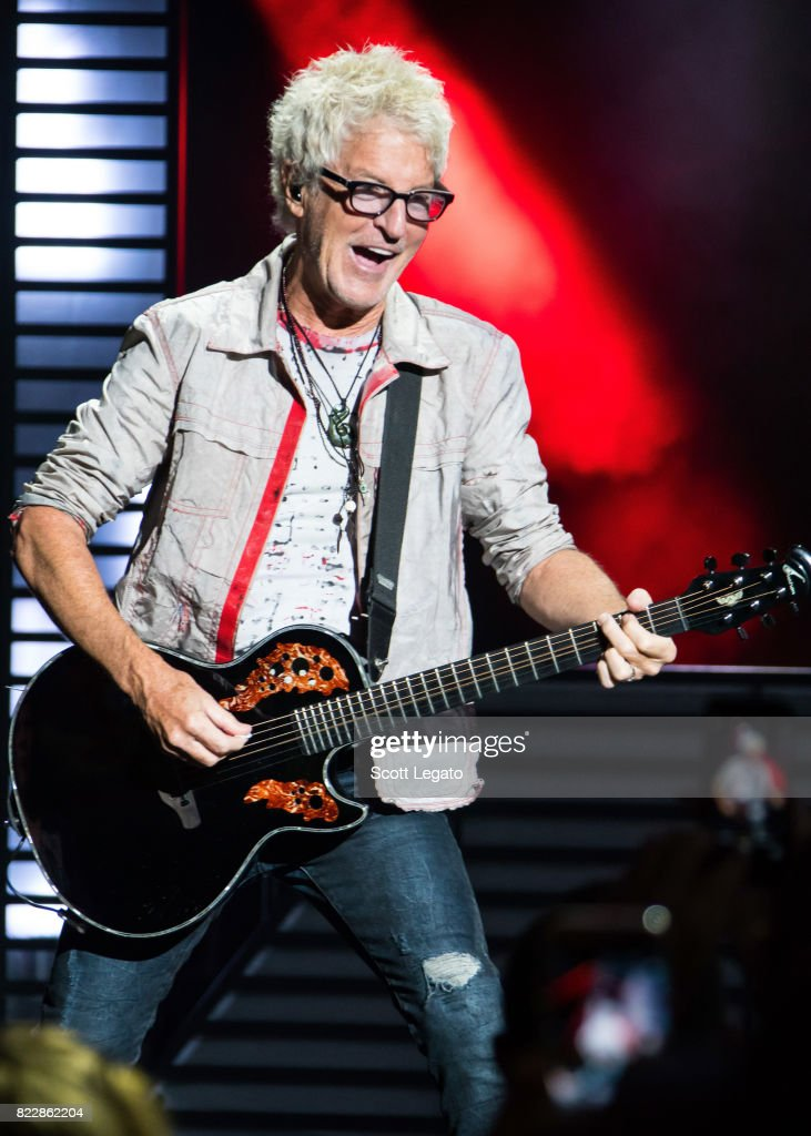 STYX With REO Speedwagon In Concert - Detroit, MI