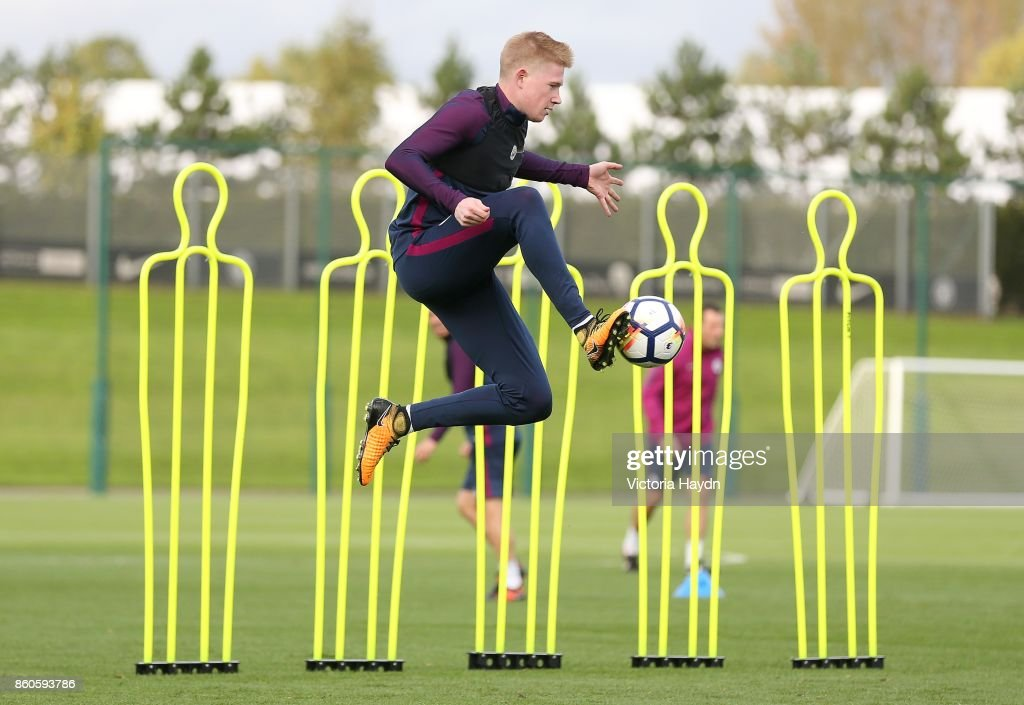 Kevin De Bruyne in action during training at Manchester City Football Academy on October 12, 2017 in Manchester, England.