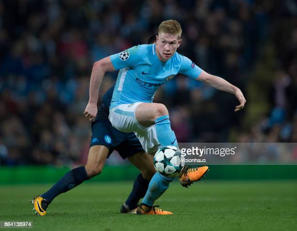 Kevin De Bruyne of Manchester City and Adam Ounas of Napoli in action during the UEFA Champions League group F match between Manchester City and SSC...