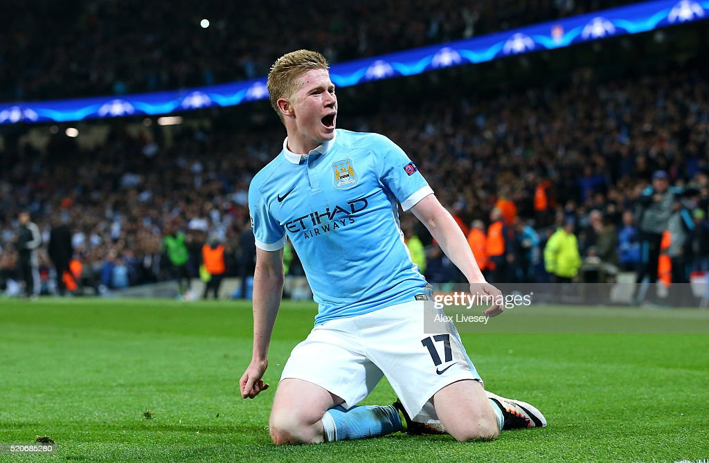 Kevin de Bruyne of Manchester City celebrates as he scores their first goal during the UEFA Champions League quarter final second leg match between Manchester City FC and Paris Saint-Germain at the Etihad Stadium on April 12, 2016 in Manchester, United Kingdom.