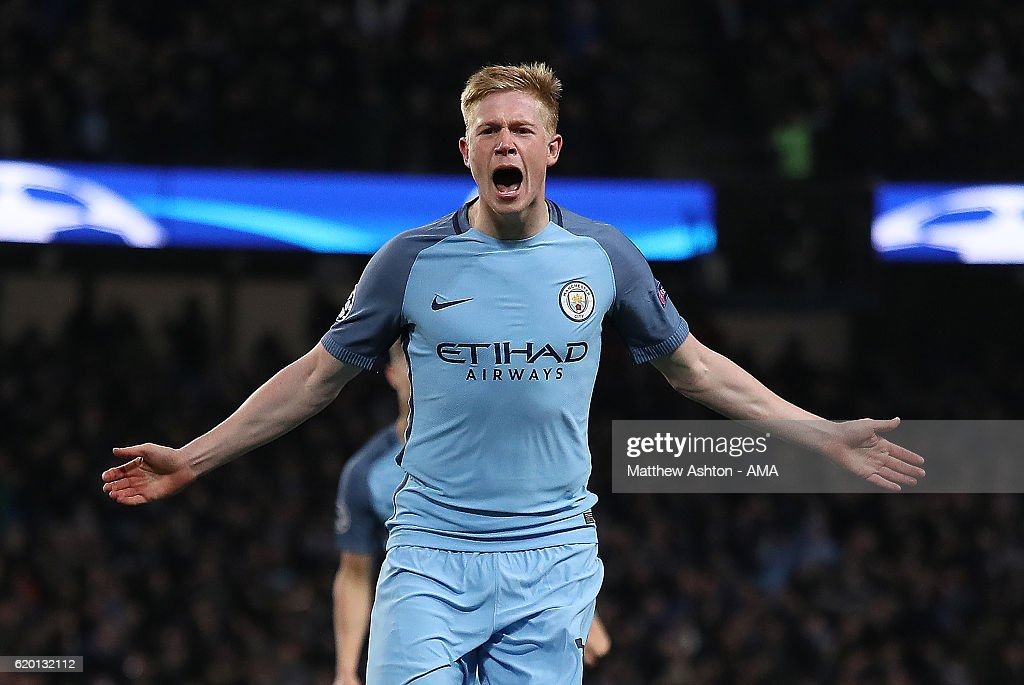 Kevin de Bruyne of Manchester City celebrates scoring his team's second goal to make the score 2-1 during the UEFA Champions League match between Manchester City FC and FC Barcelona at Etihad Stadium on November 1, 2016 in Manchester, England.