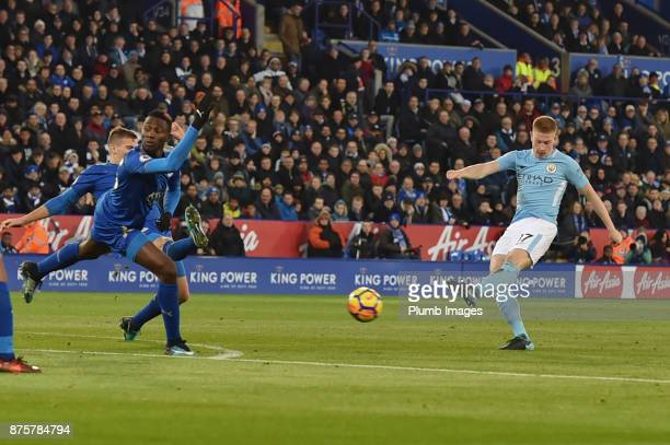 Kevin de Bruyne of Manchester City scores to put his team 20 ahead during the Premier League match between Leicester City and Manchester City at The...