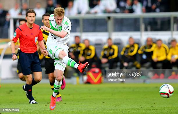 Kevin De Bruyne of VfL Wolfsburg scores his teams second goal during the DFB Cup Final match between Borussia Dortmund and VfL Wolfsburg at...