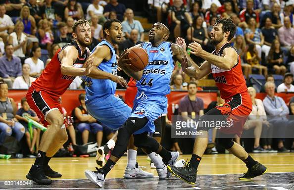 Kevin Dillard of the Breakers drives to the basket during the round 16 NBL match between the Illawarra Hawks and the New Zealand Breakers at the...