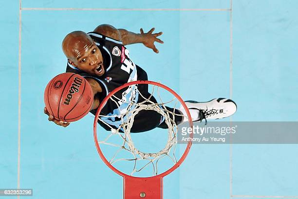 Kevin Dillard of the Breakers scores a layup during the round 16 NBL match between the New Zealand Breakers and the Perth Wildcats at Vector Arena on...