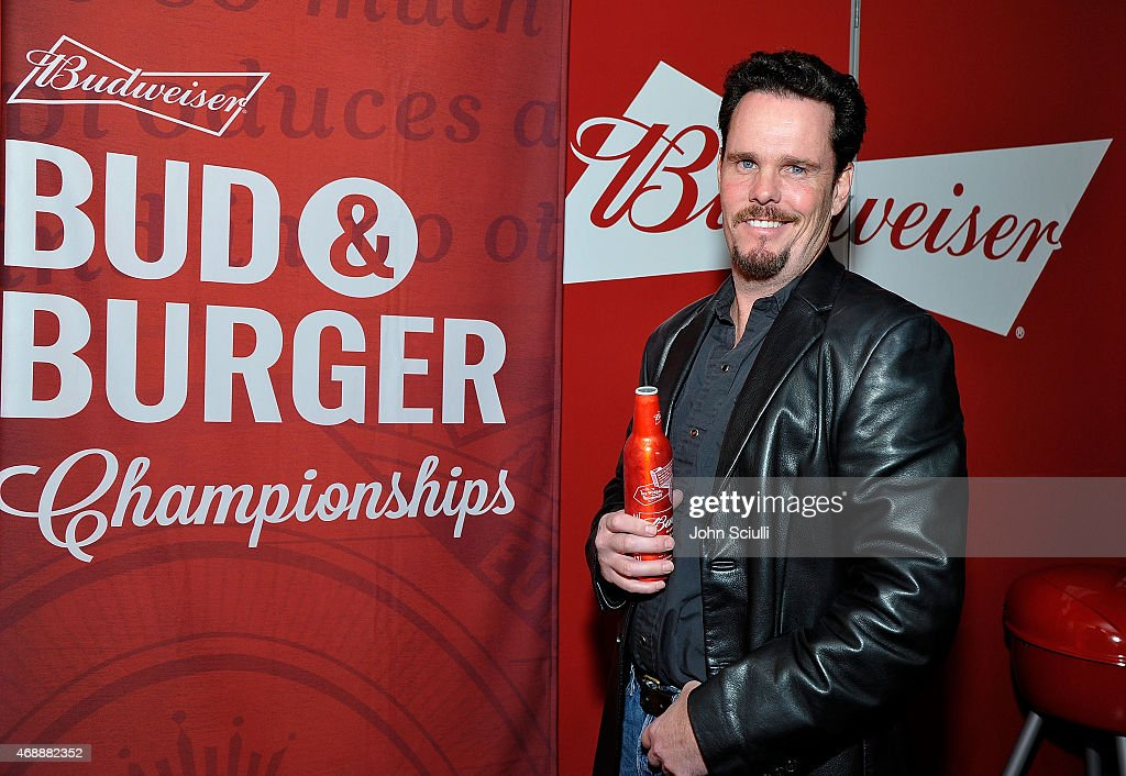 Kevin Dillon, star of the upcoming Entourage movie, joined Budweiser at an event in Los Angeles on April 7, 2015, to launch a coast-to-coast search for the official Bud & Burgers Champion. The Entourage movie premieres June 5.