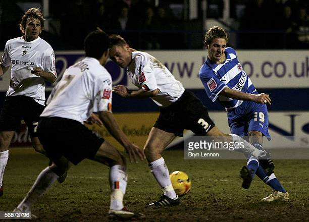 Kevin Doyle fires in a late goal for Reading during the CocaCola Championship match between Luton Town and Reading at Kenilworth Road on February 17...