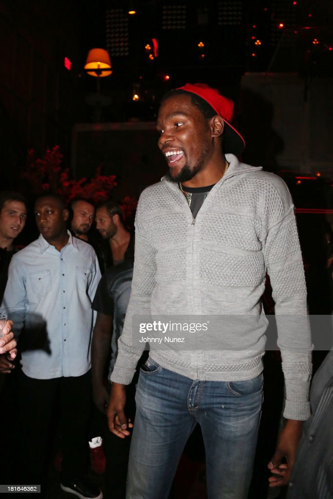 Kevin Durant attends Kevin Durant's 25th Birthday Party at Avenue on September 22, 2013 in New York City.