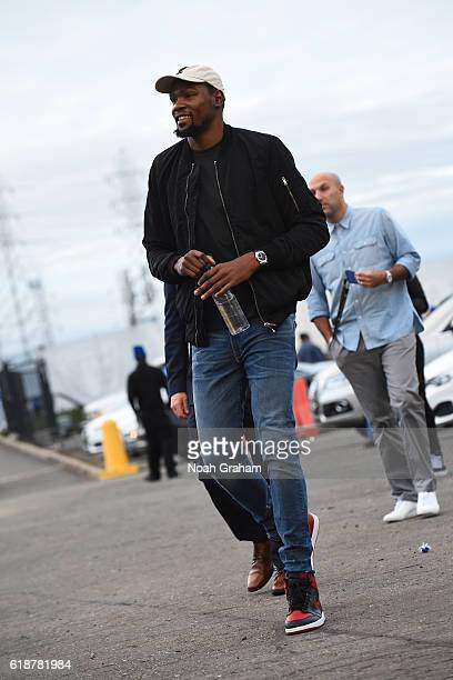 Kevin Durant of the Golden State Warriors arrives before the game against the San Antonio Spurs during a game on October 25 2016 at ORACLE Arena in...