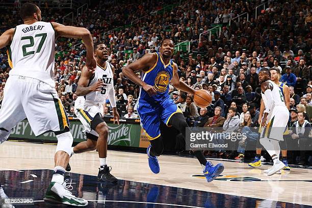 Kevin Durant of the Golden State Warriors drives to the basket against the Utah Jazz during the game on December 8 2016 at vivintSmartHome Arena in...