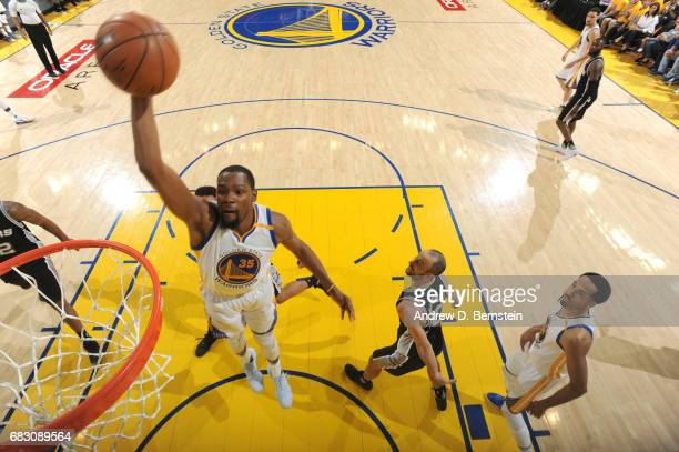 Kevin Durant of the Golden State Warriors dunks against the San Antonio Spurs in Game One of the Western Conference Finals of the 2017 NBA Playoffs...