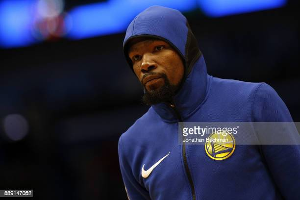 Kevin Durant of the Golden State Warriors warms up before a game against the New Orleans Pelicans at the Smoothie King Center on December 4 2017 in...