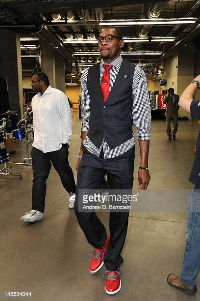 Kevin Durant of the Oklahoma City Thunder arrives at the arena prior to the game against the San Antonio Spurs in Game Three of the Western...
