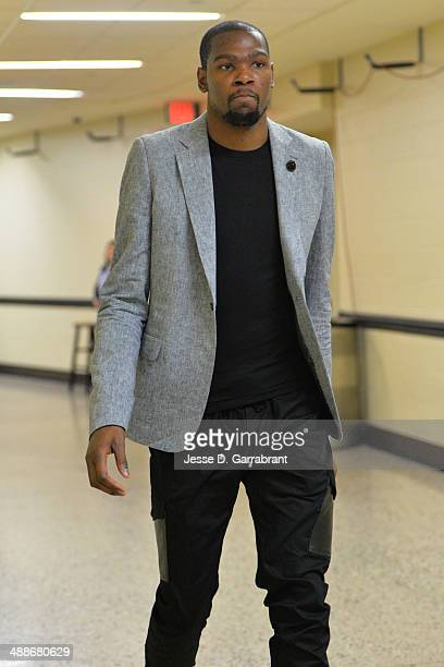Kevin Durant of the Oklahoma City Thunder arrives before a game against the Los Angeles Clippers in Game Two of the Western Conference Semifinals...